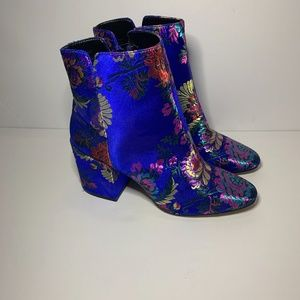 Aldo ankle boots BRAND NEW!!!!